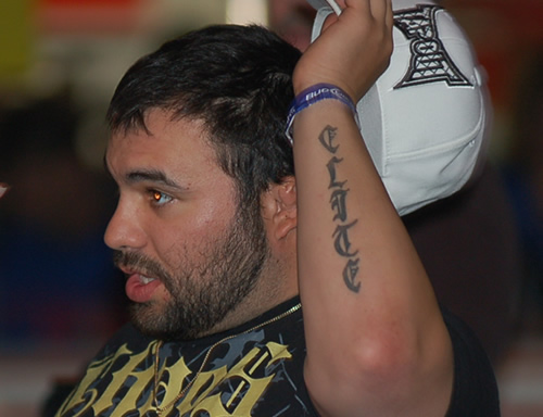 He honors his team with a new tattoo on his left hand, MMA Tattoos MCC 13