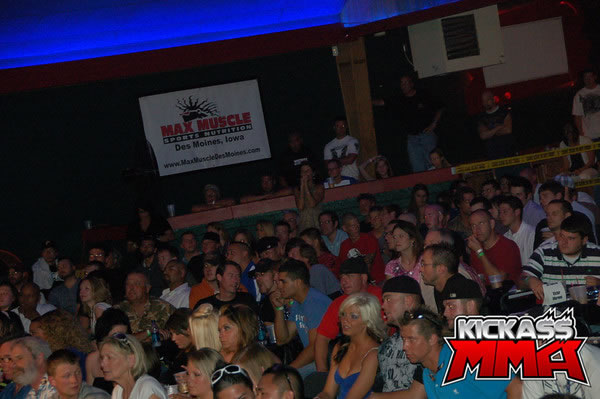 MMA Fans - Max Fights 01